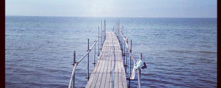 cropped-brygga-ut-i-havet-i-smygehuk.jpg